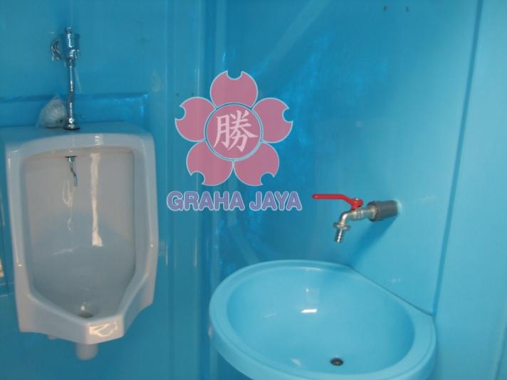 Aksesoris tambahan pada Portable Toilet Tipe B (urinoir dan washtafel)